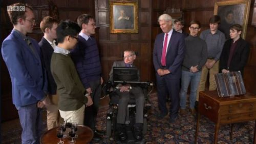 Stephen Hawking with University Challenge winners from Balliol College