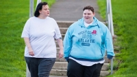 obese mother and daughter