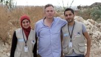 giles duley with refugees in syria